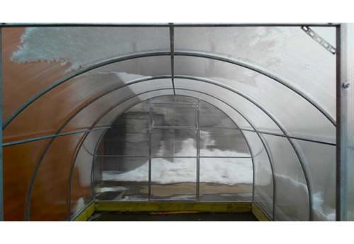 Крепление поликарбоната к конструкции теплицы