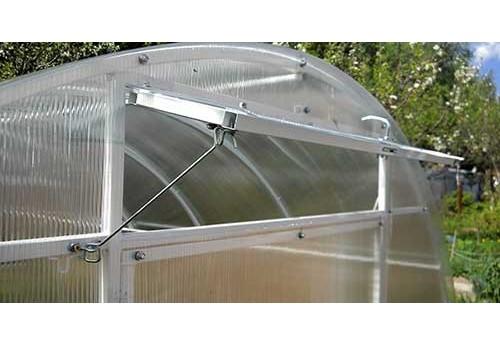 Виды вентиляции в арочной теплице