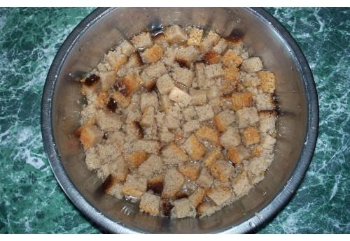 Использование черного хлеба в качестве подкормки помидор