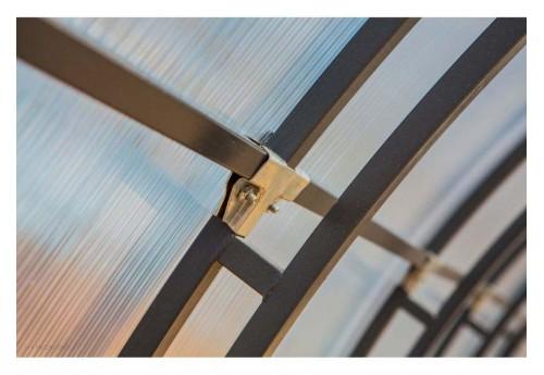 Монтаж сотового поликарбоната на каркас тепличной постройки