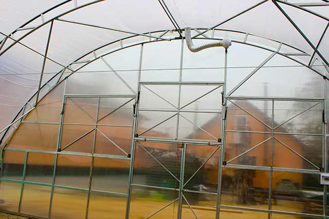фермерская теплица и дополнительная секция