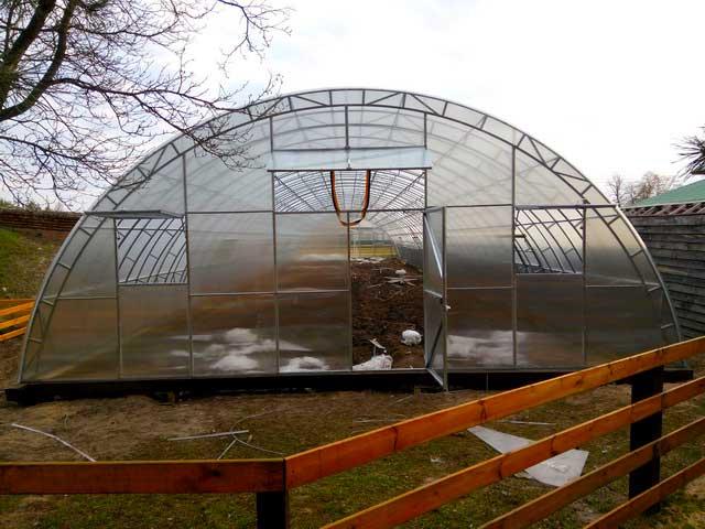 теплицы фермерские под сотовый поликарбонат