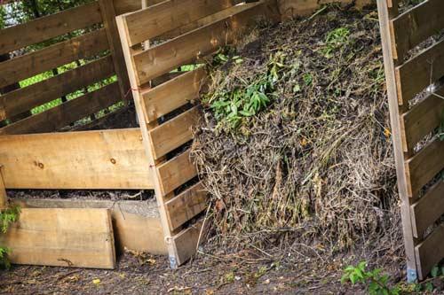 Как устроить компостную кучу правильно