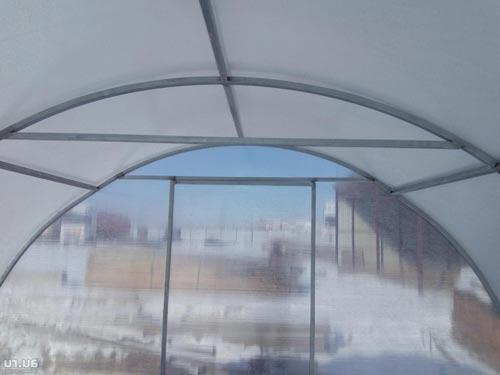 Особенности работы с поликарбонатом зимой